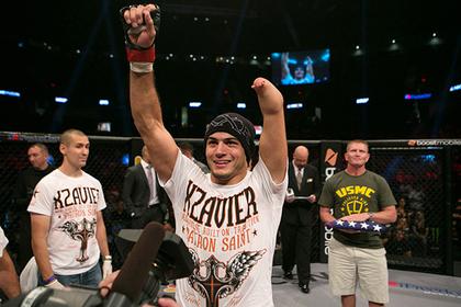Однорукий боец получит шанс попасть в UFC