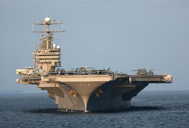 Abraham Lincoln является пятым американским авианосцем типа Nimitz. Спущен на воду в 1988-м, введен в эксплуатацию в 1989-м. Вооружение авианосца стандартно для типа Nimitz. Известен участием в войне в Ираке. Abraham Lincoln стал первым авианосцем, на котором появились военнослужащие женского пола. Также корабль использовался для съемок фильма «Трансформеры».
