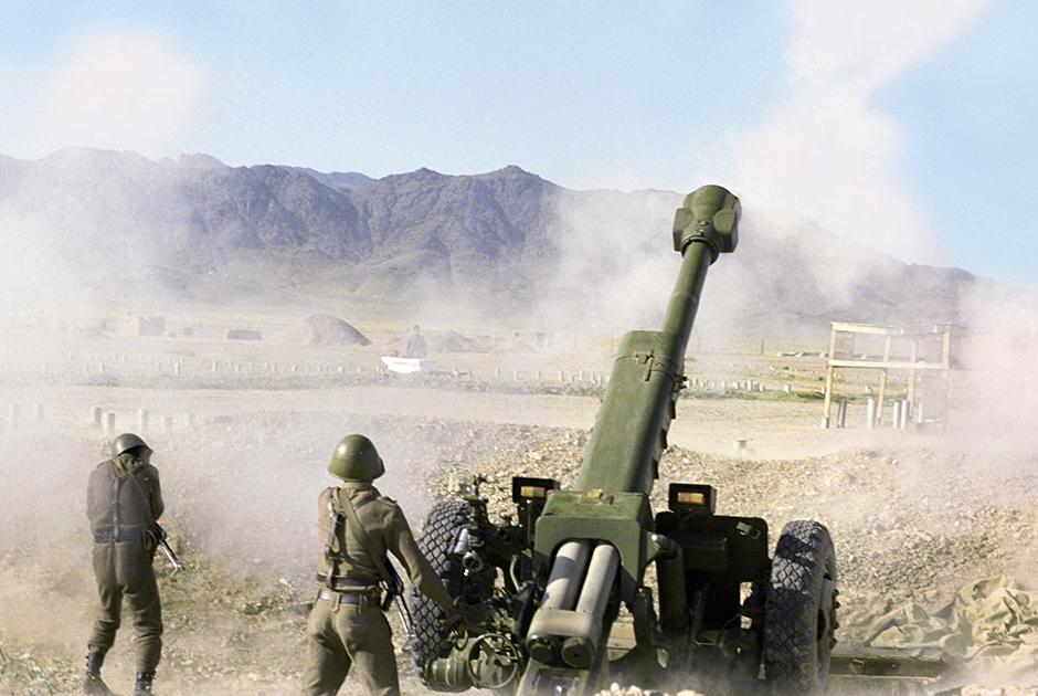 Бойцы афганской армии у города Джелалабада
