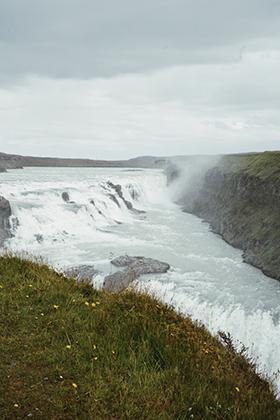 Водопад Гюдльфосс, который считается самым красивым водопадом в Исландии