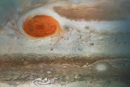 NASA опубликовало новое изображение огромного красного пятна наЮпитере
