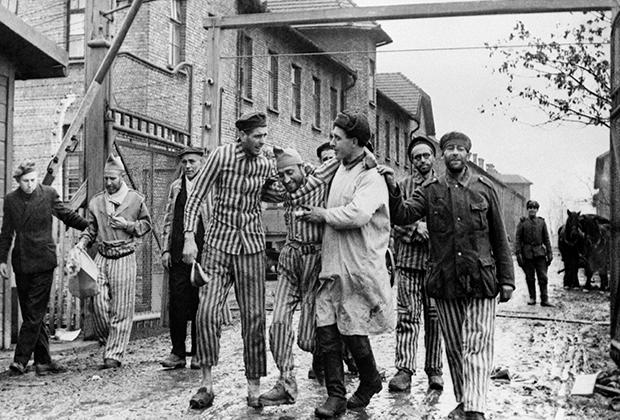Освобождение советскими войсками узников концлагеря Освенцим (Аушвиц)