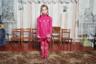 Героями снимков фотографа Алены Гром стали дети из города Марьинка, расположенного на линии фронта военного размежевания между украинскими военными и ополчением на территории Донбасса. На этой фотографии — София, одна из 323 школьников, которые учатся в зоне боевых действий.