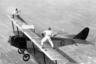 Глэдис Рой и Иван Унгер играют в теннис на высоте 3000 футов.
