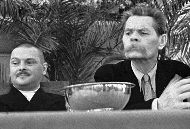 Максим Горький и Андрей Жданов, организатор Первого Всесоюзного съезда советских писателей