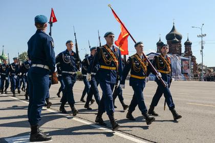 Военный парад в Туле (архивное фото)