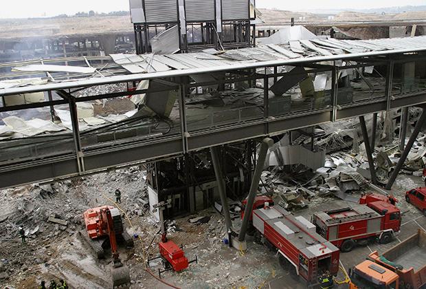Последствия взрыва в аэропорту Барахас