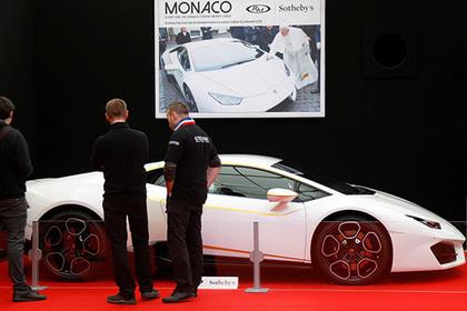 Папа Римский продаст собственный Lamborghini