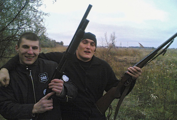 Сергей Карпенко (Рис-младший) — слева и Владимир Алексеев (Вова Беспредел) — справа