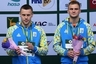 Украинские спортсмены Александр Горшковозов и Олег Колодий, бронзовые призеры на соревнованиях по синхронным прыжкам в воду в Казани