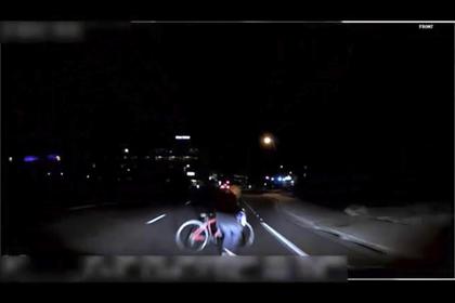 Самоуправляемый автомобиль Uber, который насмерть сбил велосипедистку, совершил ДТП из-за сбоя программы