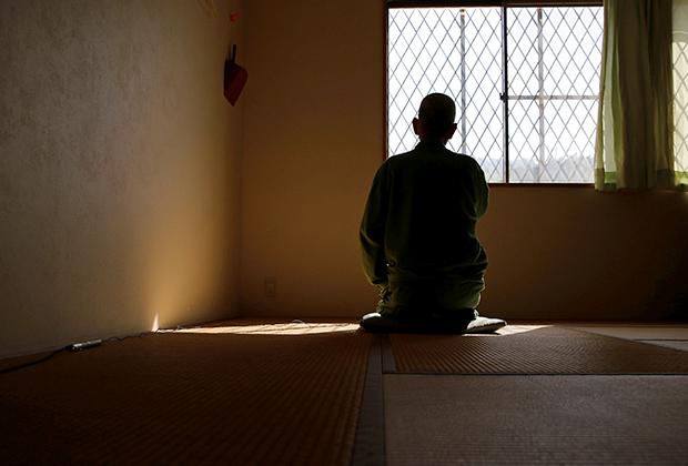 Престарелый заключенный, опасающийся покидать тюрьму после 13-летнего срока
