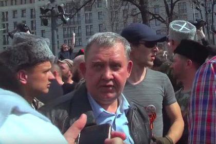 Сергей Клочков (в центре)