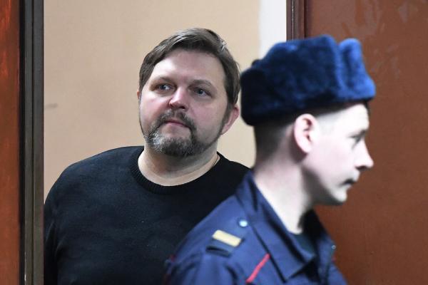 Никита Белых (слева)