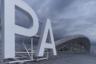 Проектное решение обновленного Курумоча подготовило британское бюро Hin Tan, а интерьер — российская студия Nefa Architects. Все здание накрывает крытое алюминием «крыло».