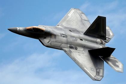 Назван победитель боя Су-57 и F-22