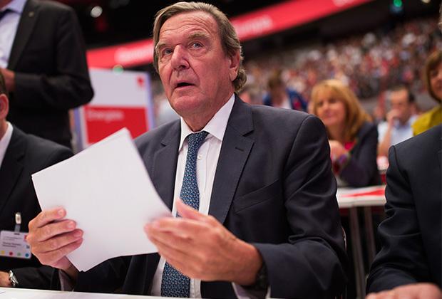 За симпатию к России Герхарда Шредера в Германии прозвали Газ-Герд