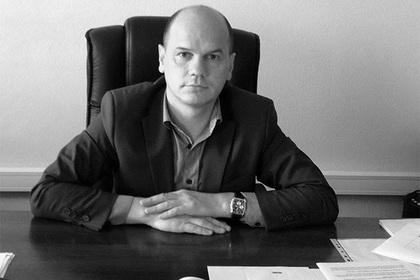 """Купавшийся в """"нефти"""" чиновник из ХМАО обнаружен мертвым"""