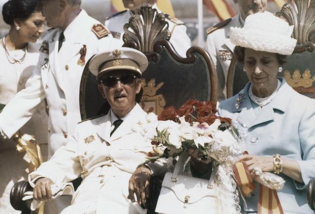 Супруга Франко сопровождала его повсюду