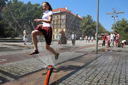 В Польше начали отменять декоммунизацию