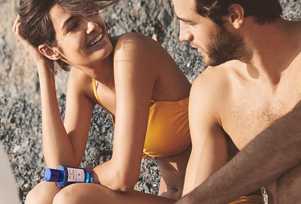Итальянцы знают толк в том, как провести лето с максимальным удовольствием. Аромат играет в этом немалую роль. Даже если съездить на Средиземное море не удастся, можно купить парфюм, композиция которого легко перенесет в воспоминания об амальфийских пляжах.