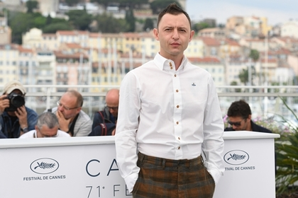 Рома Зверь получил награду Каннского фестиваля за музыку к фильму о Цое