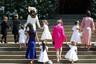 Дети принца Уильяма— четырехлетний принц Джордж и трехлетняя принцесса Шарлотта— прошли к алтарю вслед за Меган Маркл. Третий ребенок пары, новорожденный принц Луи, отсутствовал, поскольку ему нет и месяца.
