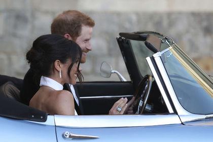 Принц Гарри в день свадьбы подарил жене кольцо своей матери Дианы