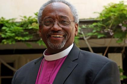 Устроивший шоу на королевской свадьбе чернокожий епископ стал знаменитостью