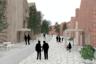 Основатели бюро — Срджан Надь и Уршка Подлгар Кос — занимаются как непосредственно проектированием, так и теоретическими исследованиями в области строительства жилья.