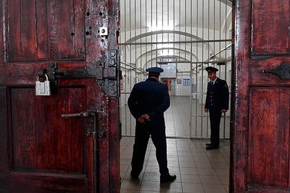 Радевший за друга детства начальник уголовного розыска попался на взятке