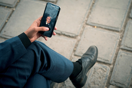 Politico: Трамп использует для чтения Твиттер  незащищенный телефон