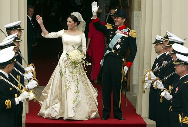 Датский кронпринц Фредерик с невестой принцессой Мэри