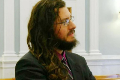 Американцы выселили 30-летнего безработного сына через суд