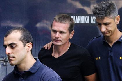 Александр Винник (в центре)