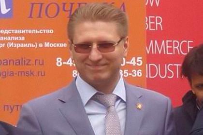 Члены ЛДПР избили сына главного налоговика России на детской площадке