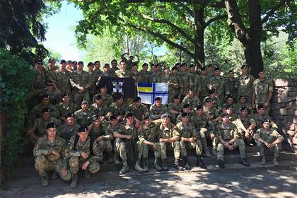Украинские морпехи устроили Порошенко демарш