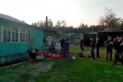 Появилось видео с места массового убийства в якутском селе