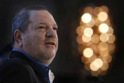 Обвиненный в сексуальных домогательствах продюсер Харви Вайнштейн решил сдаться полиции