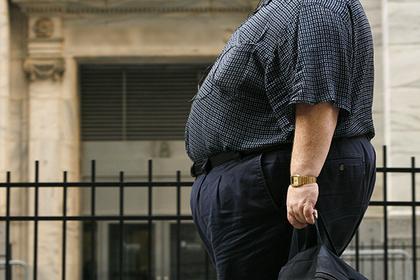 Толстый живот спас учителя от обвинений в домогательствах
