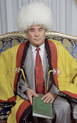 Туркменбаши запретил балет, оперу и цирк