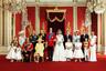 В колледже молодой Уильям был крайне популярен среди представительниц противоположного пола. Сперва Кейт стала для него просто хорошей подругой, но в конце концов девушке удалось завоевать сердце принца и стать частью королевской семьи.  <br><br> Свадьба состоялась в апреле 2011 года и прошла со свойственной королевской семье пышностью. Церемония бракосочетания Принца Уильяма и Кейт Миддлтон до сих пор считается «свадьбой века».