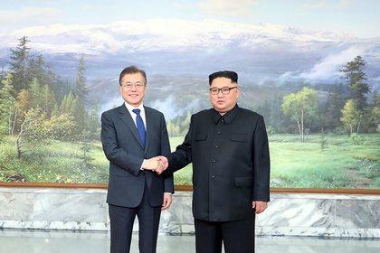 Лидеры Северной и Южной Кореи тайно встретились