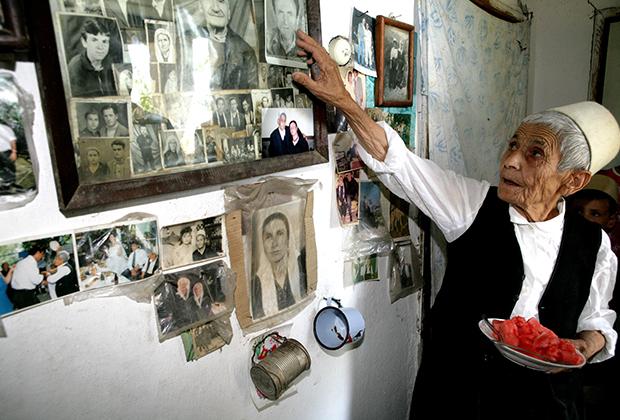Одна из последних клятвенных дев Албании