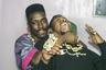 «В чем сила, братья?» — прежде чем приступить к своему трактату об искусстве хип-хопа, профессиональный летописец афроамериканской культуры Саша Дженкинс начинает с поиска той точки опоры, которая позволила детищу уличных вечеринок в Южном Бронксе 1970-х всего за несколько десятилетий перевернуть музыкальный мир. Ответ для Дженкинса, авторитетнейшего ветерана рэп-индустрии, очевиден: первоосновой хип-хопа, по его теории, служит слово. Именно искусство работы с языком, рифмой, текстом, поэтикой рэпа «Слово — закон» и чествует, причем с разных ракурсов: Дженкинс то дает каталог основных жанров рэп-лирики, то подкрепляет поэзию улиц, вдохновившими их городскими пейзажами, то оживляет строчки куплетов анимационными иллюстрациями. Но прежде всего он призывает к ответу за слова целый легион МС в диапазоне от классиков олдскула до недавних фрешменов. Как раз это пестрое разнообразие, буйная вариативность этого хора голосов, судеб, стилей и мыслей на деле доказывает красоту рэпа лучше любого разбора рифм.