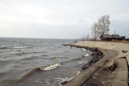 Школьница спасла утопающую подругу и утонула сама в Тверской области