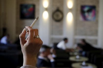Россиян предложили лишить сигарет на один день