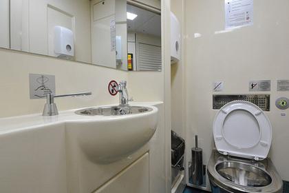 Привычные туалеты исчезнут из российских поездов