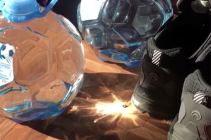 Упаковка согоньком: «Святой источник» выпустил страшную бутылку-мяч