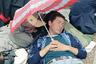 15 апреля 1989 года опальный Ху Яобан скончался от сердечного приступа. Его смерть вновь собрала на улицах тех, кто надеялся, что к экономическим реформам добавятся и политические. Попрощаться с бывшим генсеком пришли несколько тысяч человек. Спонтанные траурные процессии превратились в протестные шествия. Началась самая вдохновляющая и самая трагичная студенческая демонстрация в истории современного Китая.